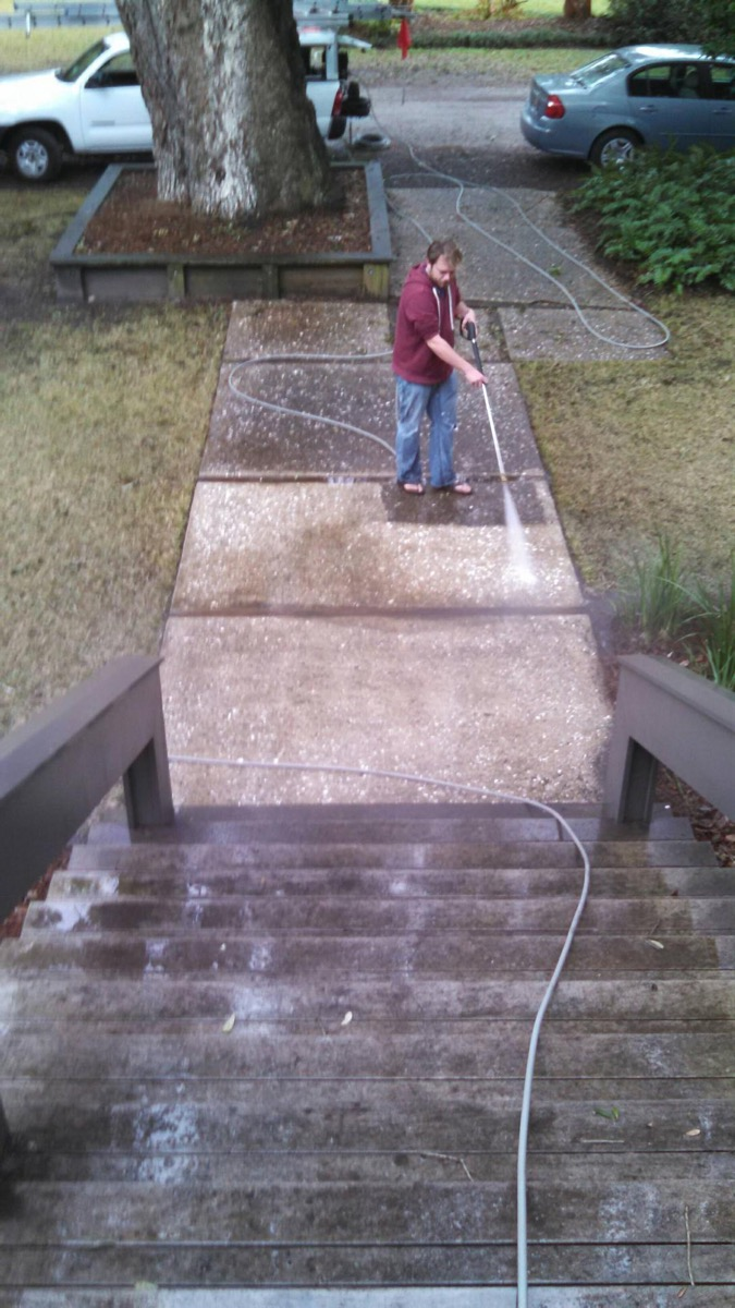 pressure washing front walkway