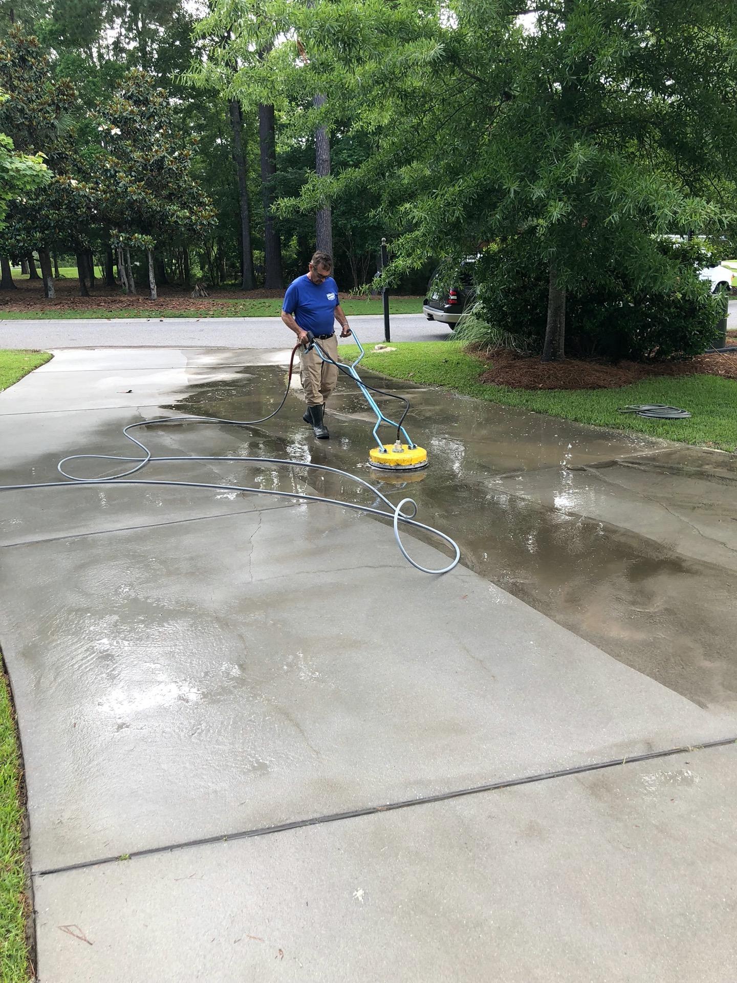 Pressure washing driveways & walkways