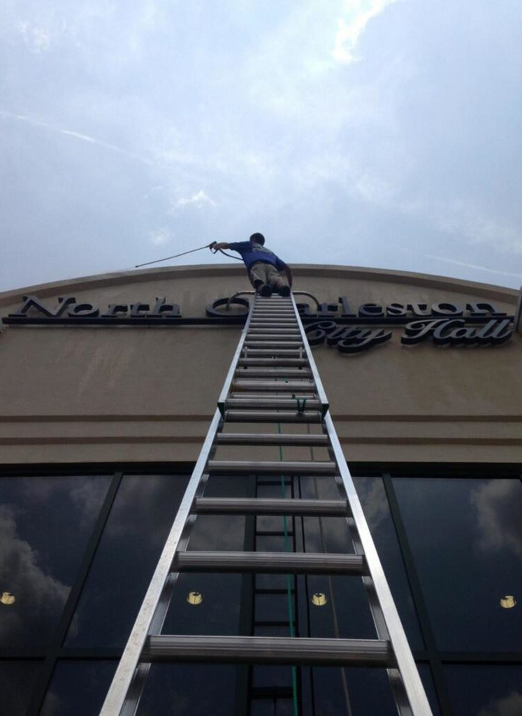 Commercial or Residential Roof Washing Services
